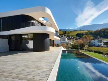 Austria, 27 M². This Infinity Living Pool ...