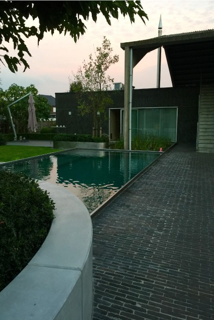 living-pool-with-waterfall-04